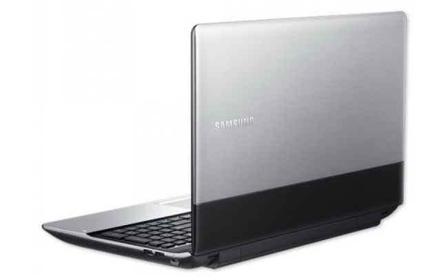 SAMSUNG NP300E4X-S05TH