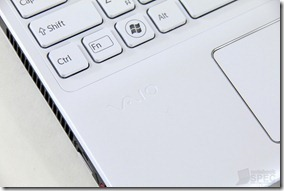 Sony Vaio E15 2012 Review 14
