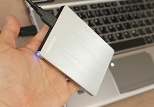 Toshiba Canvio Slim Review [External Harddisk บางพิเศษ]