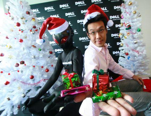 เดลล์ เชิญถ่ายรูปกับคาราวานเอเลี่ยนชิงโน้ตบุ๊คส์ ต้อนรับคริสต์มาสปีใหม่