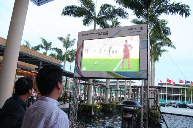 Sony_FIFA_2010_HD Live_004