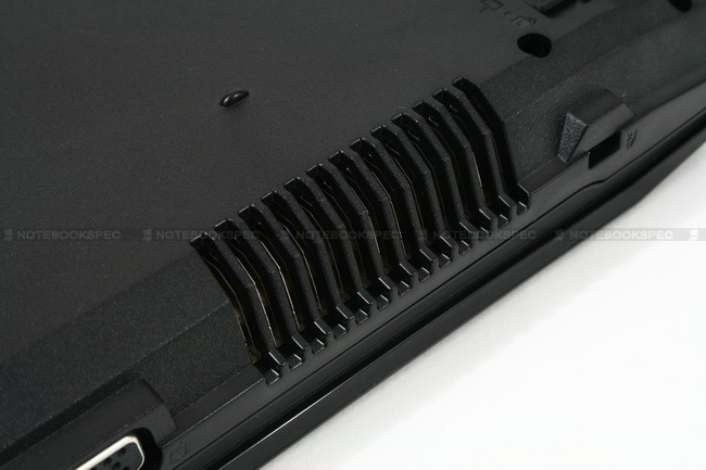 035 Asus P42J NotebookSpec Review