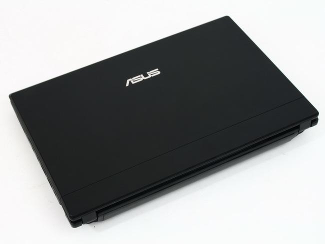 01 Asus Eee PC 1016P