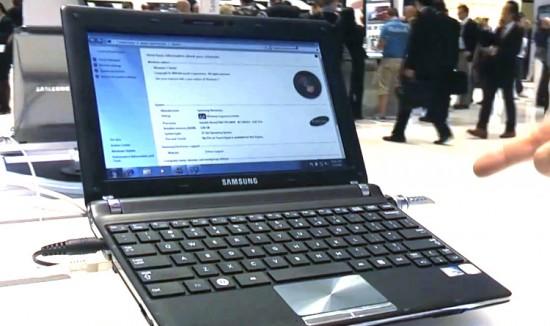 02-01 มาลองจับ Samsung N250 Plus Premium Netbook ในงาน IFA 2010