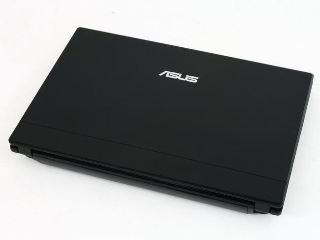 02 Asus Eee PC 1016P