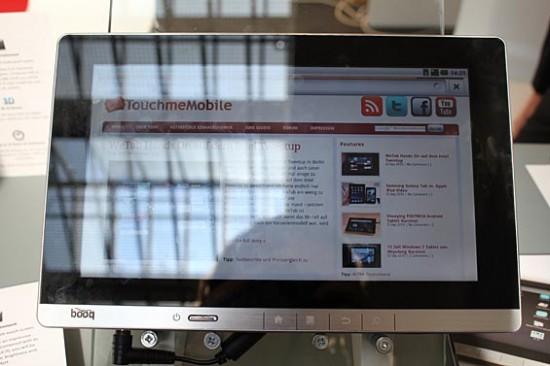 04-01 มาลองจับ Booq Surf Android Tablet 10.1 นิ้ว ในงาน IFA 2010 ไม่ประทับใจ เหอะๆ