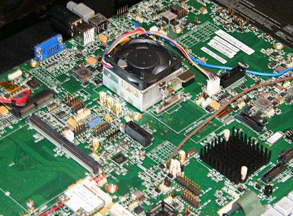 04-01 AMD Fusion เริ่มรุกหน้า ตอนนี้ตัว 18 W เตะชนะ Intel Core i5 ในด้านกราฟิคเข้าแล้ว