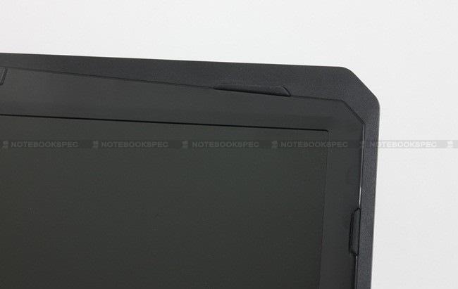 32 MSI GX660