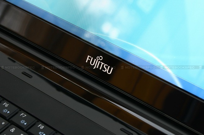Fujitsu-Lifebook-LH530v-20