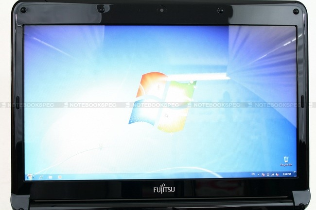 Fujitsu-Lifebook-LH530v-36