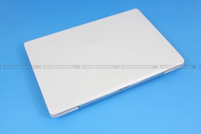 01 Asus Eee PC 1018