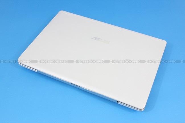 02 Asus Eee PC 1018