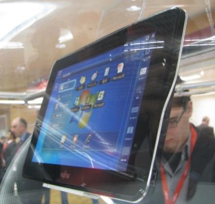 04 01 Fujitsu ออกโชว์ต้นแบบ Slate PC คาดว่าจะออกขายได้จริงในต้นปี 2011