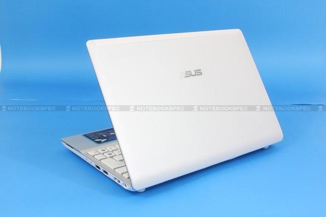09 Asus Eee PC 1018