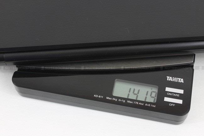 Toshiba R700 01