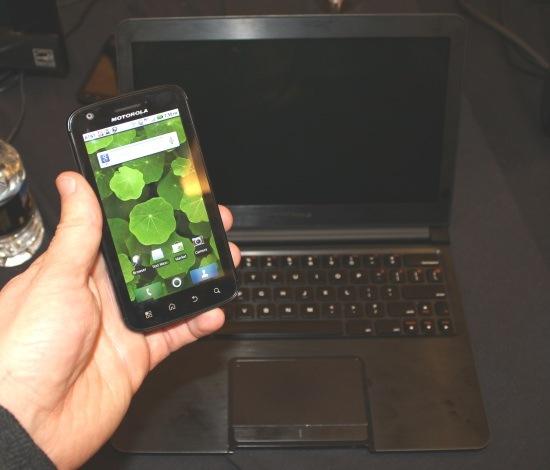 03 Motorola Atrix 4G
