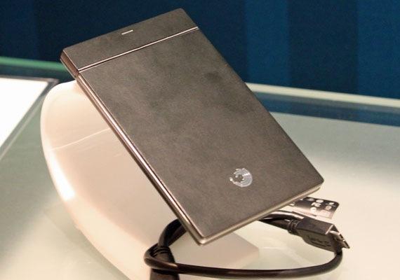 06 Seagate Tiniest GoFlex USB 3.0