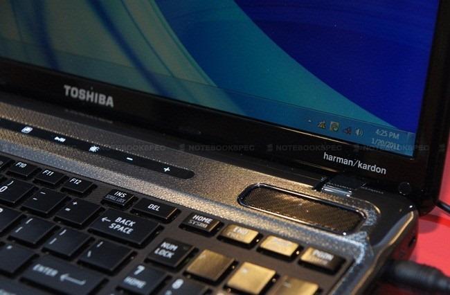 Toshiba NB520 04