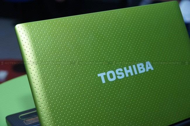 Toshiba NB520 14