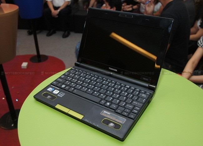 Toshiba NB520 16
