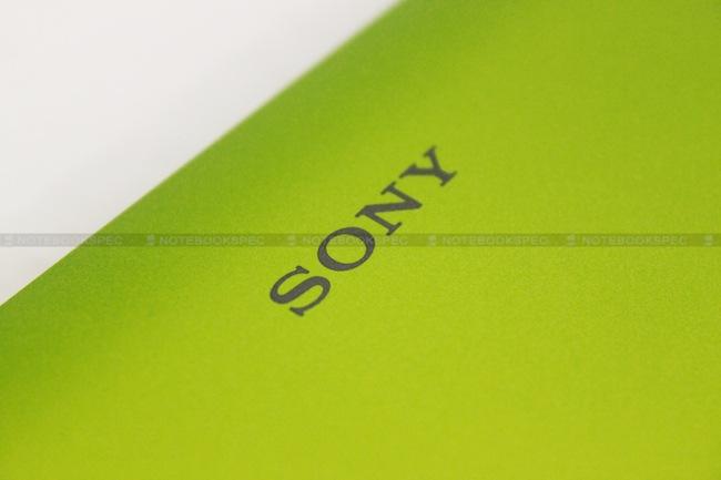 43 Sony VAIO YB (VPCYB15AH)