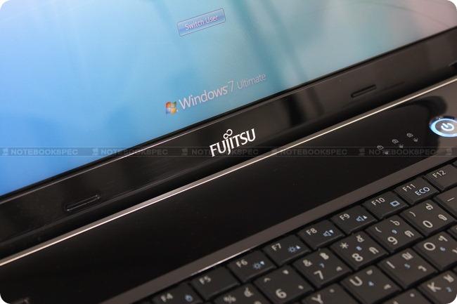 Fujitsu-Lifebook-LH531-19