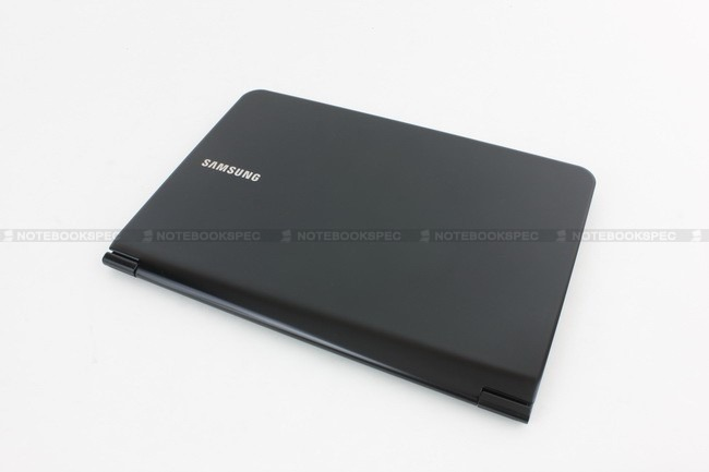 Samsung-900X3A-A01TH-02