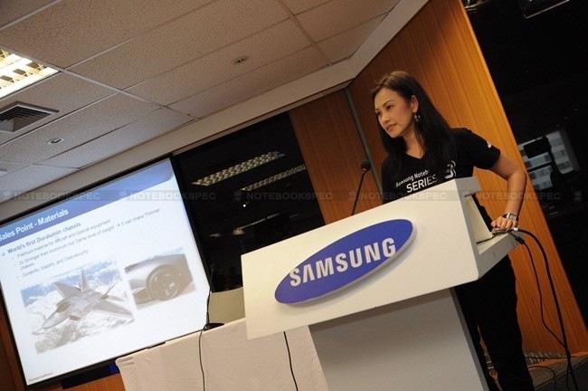Samsung-9-Series-01