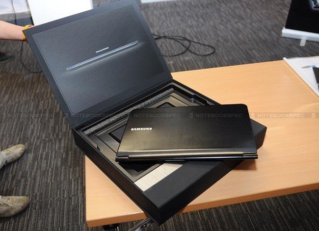 Samsung-9-Series-17
