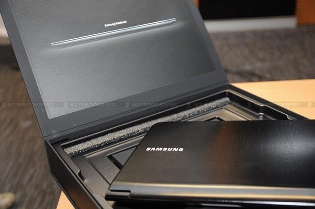 Samsung-9-Series-18