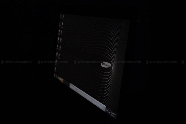 Samsung-Series-9-03