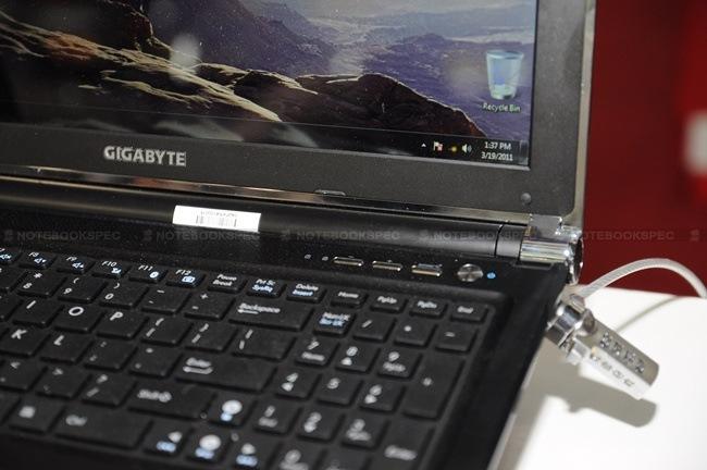 gigabyte-32