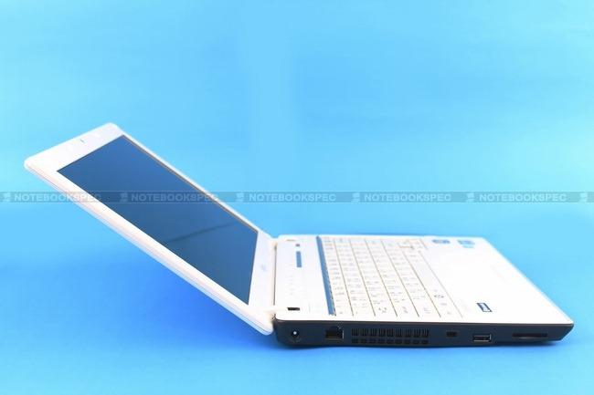 Fujitsu-LifeBook-PH701-40