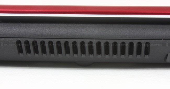 Gigabyte-M1405 062