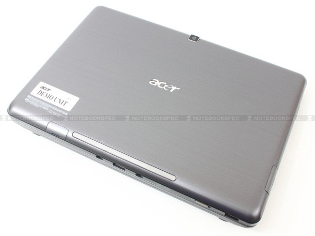 Acer-Iconia-Tab-W500-03