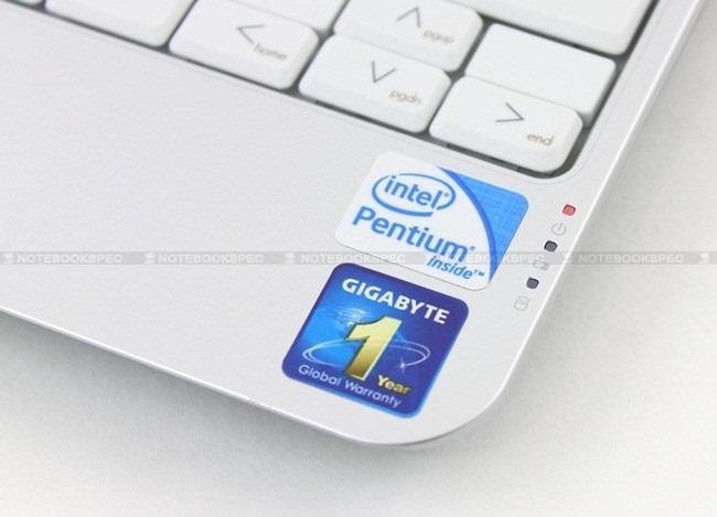 Gigabyte-Q1105M-17