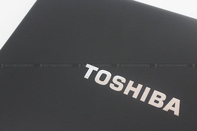 Toshiba-Tecra-R840-03