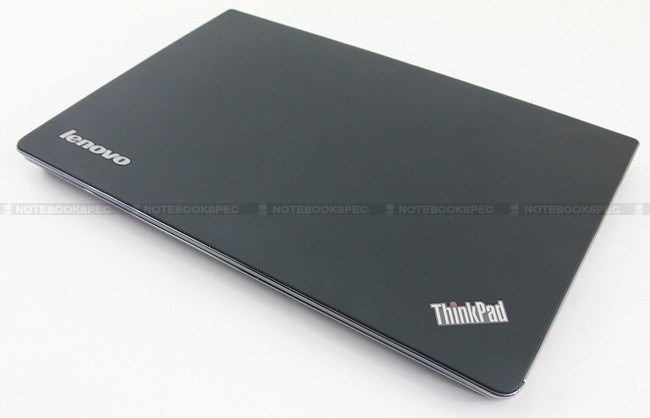 Lenovo-Thinkpad-EDGE-E220s-01