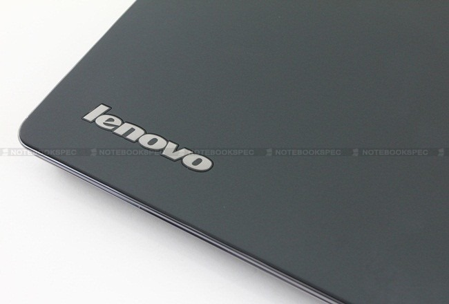 Lenovo-Thinkpad-EDGE-E220s-04