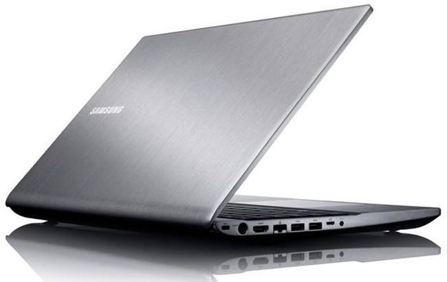 Samsung-Series-7-Chronos-laptop-02