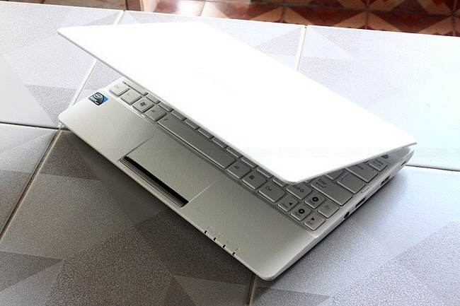 Review-ASUS-EEE-PC-X101H-MeeGo (6)