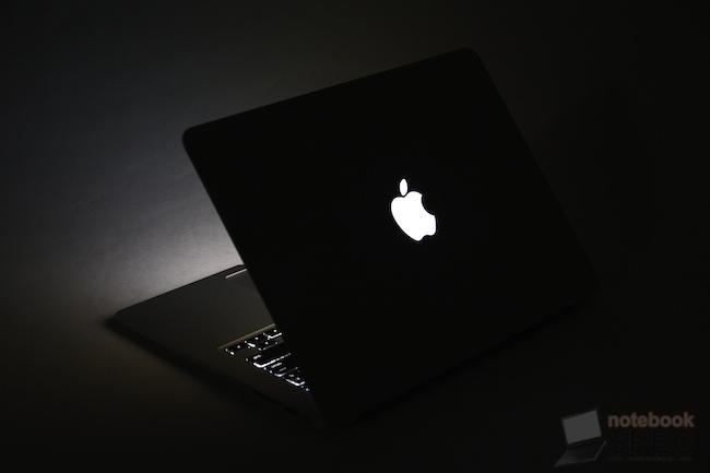 Review Apple MacBook Air 2011 124