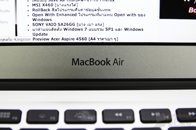 Review Apple MacBook Air 2011 148