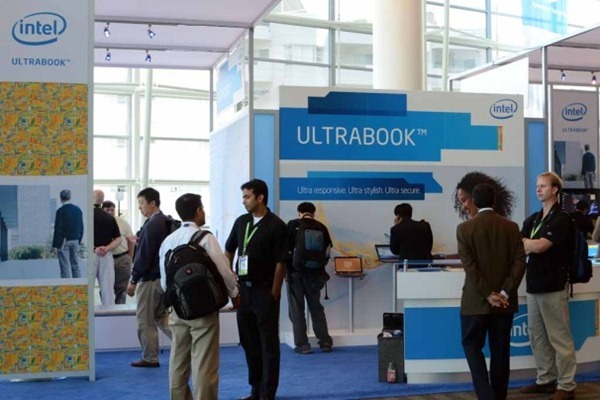 ultrabook_booth-5216640