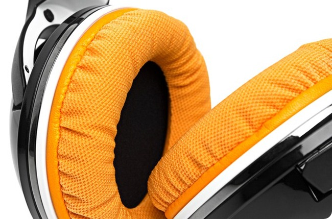 SteelSeries 7H Fnatic Limited Edition headset-3