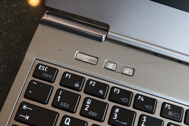 Review Toshiba Portege Z830 16