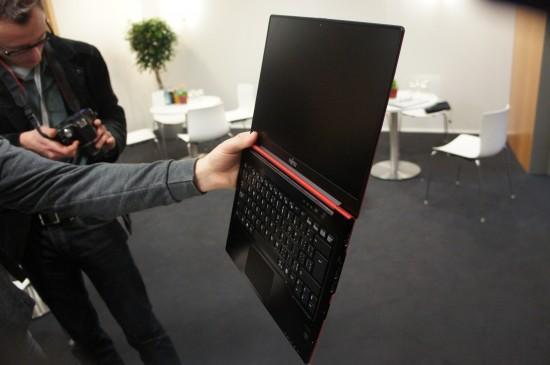 Fujitsu LIFEBOOK Ultrabook 5
