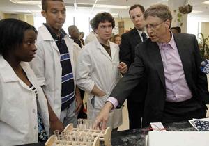 Bill Gates แสดงความเห็นเรื่องการศึกษา ว่าแค่แจกแท็บเล็ตมันไม่พอหรอก !!