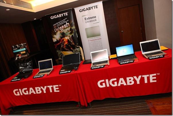 GIGABYTE Opening Ultrabook Gaming 025