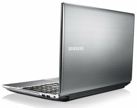 Samsung Series 5 NP550P5C T01US 15.6 inch Ivy Bridge Notebook back